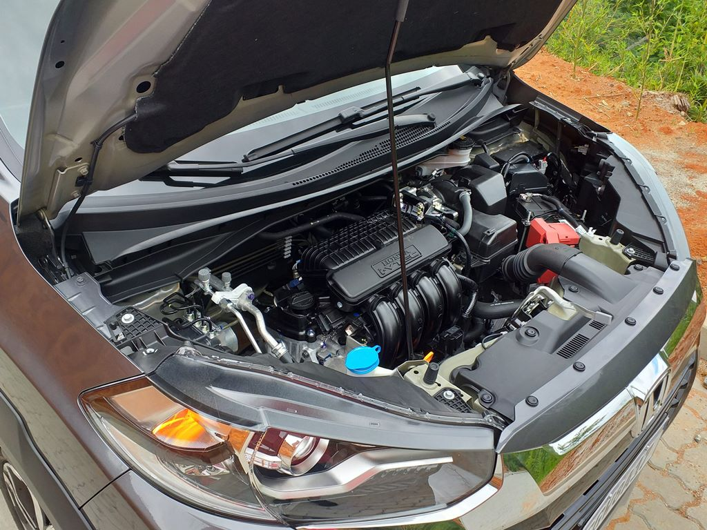 Visão do motor do Honda WR-V EXL